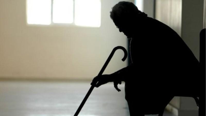 Σοκ στη Θεσσαλονίκη: Νεκρή ηλικιωμένη μετά από άγριο ξυλοδαρμό από διαρρήκτη