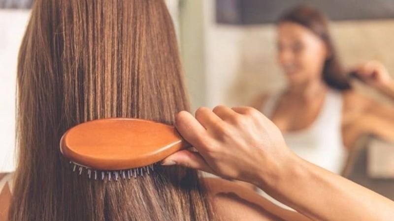 5 Τροφές που θα σου χαρίσουν λαμπερά και όμορφα μαλλιά!