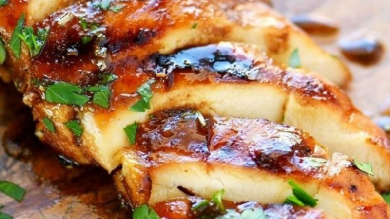 Μαρινάδα για ψητό κοτόπουλο: Η πιο γευστική που έχετε δοκιμάσει
