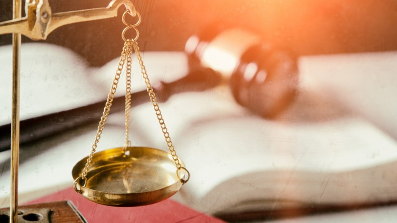 Ποινικός κώδικας: Σαρωτικές αλλαγές για βιτριόλι και βιασμούς ανηλίκων - Μόνο ισόβια για τα σκληρά εγκλήματα