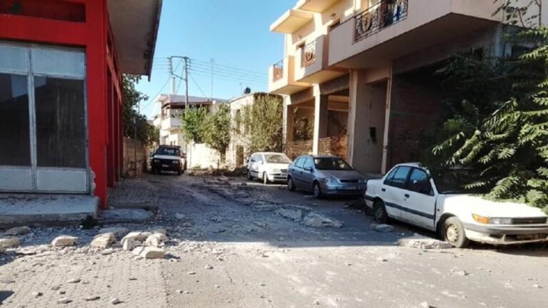 Σοκ στο Ηράκλειο: Καταστράφηκε ένα ολόκληρο χωριό από τον ισχυρό σεισμό
