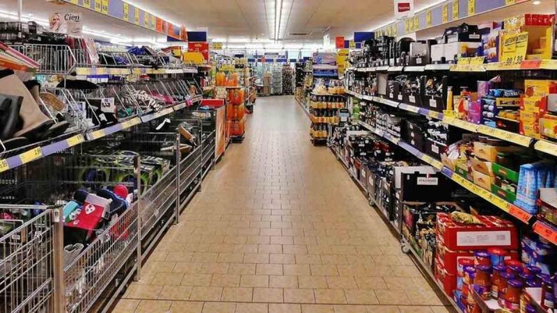 «Έμφραγμα» με την «εκτόξευση» των τιμών: Πάνω από 270 ευρώ το σούπερ μάρκετ για τριμελή οικογένεια - Τα μέτρα για την ακρίβεια