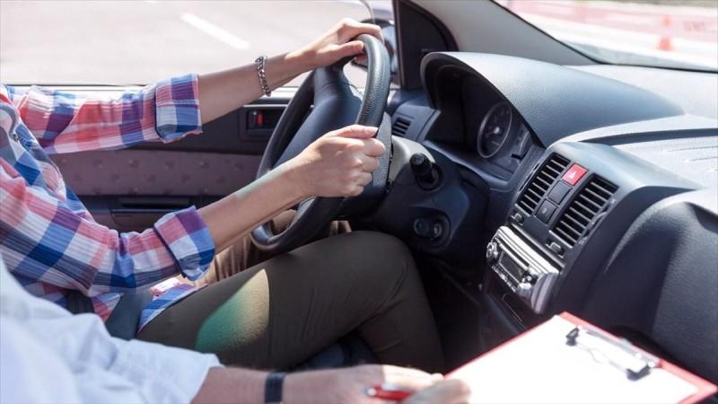 Κορωνoϊός: Ακριβότερο το δίπλωμα οδήγησης για τους ανεμβολίαστους!