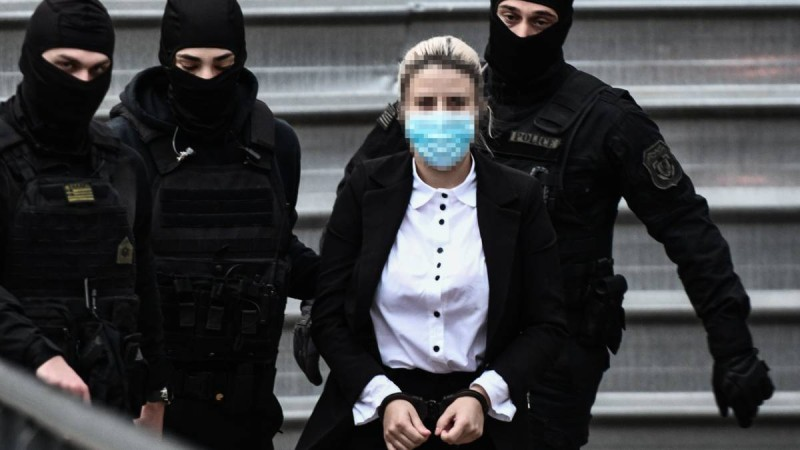 «Ήθελα να πονέσει όπως κι εγώ» - Ζήτησε... και τα ρέστα από την Ιωάννα η Έφη στη δίκη με το βιτριόλι